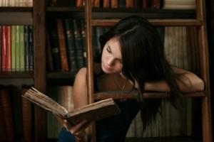 könyvekközött