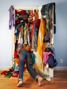 ruhásszekrény